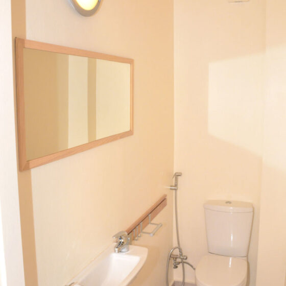 Aegina-Colors-Casa-Corallo-Aegina-by-UpGreat-Hospitality-wc