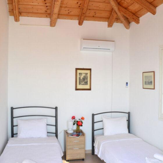 Aegina-Colors-Casa-Opale-Aegina-by-UpGreat-Hospitality-twin-beds