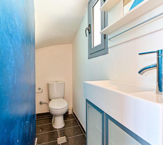 Aegina-Sunset-Villa-Calypso-Aegina-by-Upgreat-Hospitality-bathroom