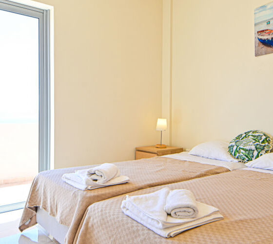 Aegina-Sunset-Villa-Calypso-Aegina-by-Upgreat-Hospitality-twin-beds