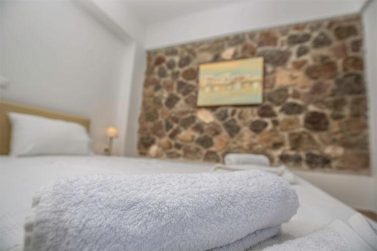 Aegina-Colours-Villa-Carmina-Aegina-by-Upgreat-Hospitality-double-bed
