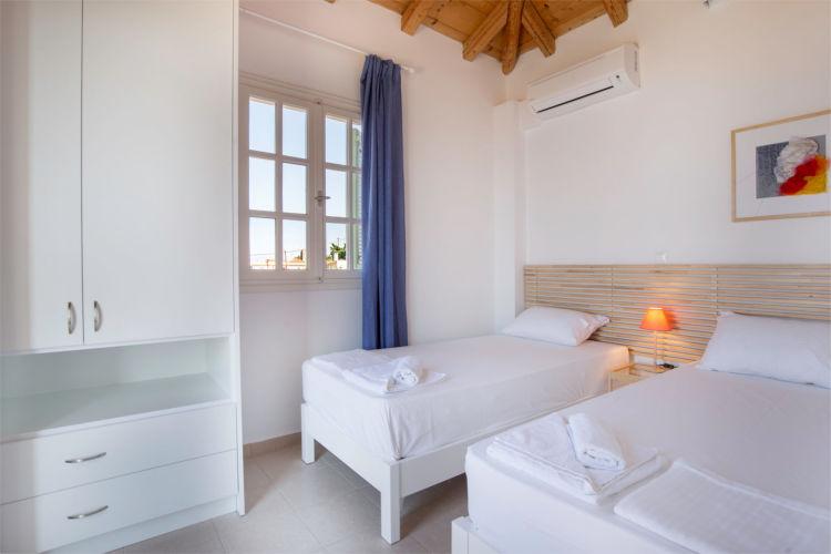 Aegina-Colours-Villa-Carmina-Aegina-by-Upgreat-Hospitality-twin-beds