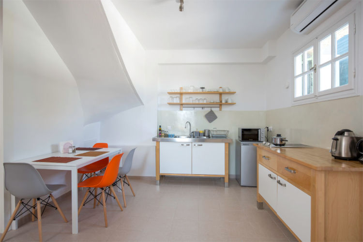 Aegina-Colours-Villa-Cerice-Aegina-by-Upgreat-Hospitality-kitchen-view